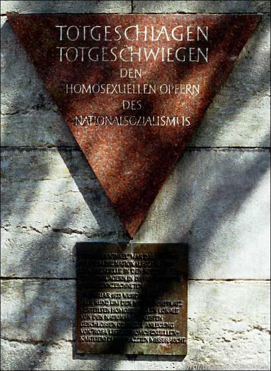 http://andrejkoymasky.com/mem/holocaust/08/berlin1.jpg