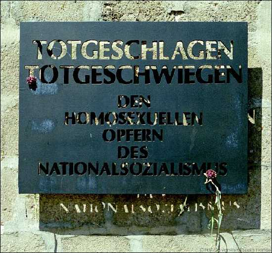 http://andrejkoymasky.com/mem/holocaust/08/sach1.jpg